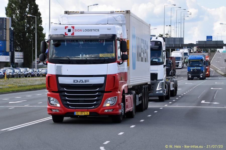 2020816-Rotterdam-Containerhafen-00298.jpg