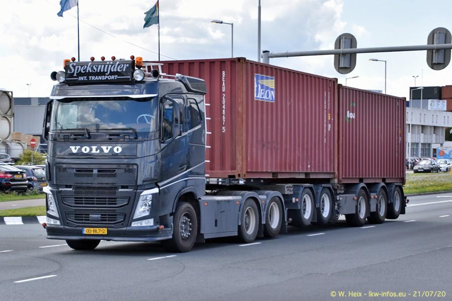 2020816-Rotterdam-Containerhafen-00300.jpg