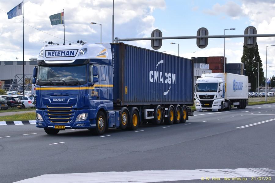 2020816-Rotterdam-Containerhafen-00306.jpg