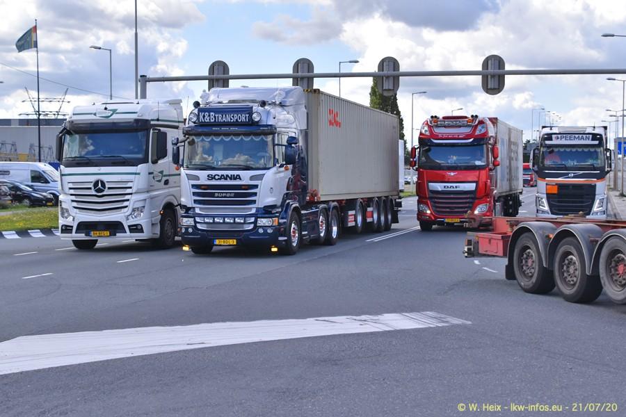 2020816-Rotterdam-Containerhafen-00329.jpg