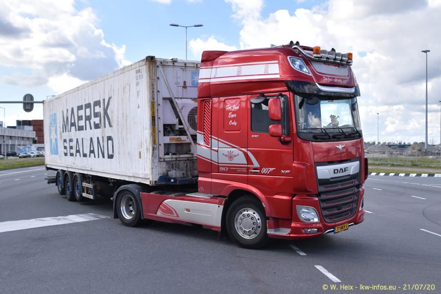 2020816-Rotterdam-Containerhafen-00331.jpg