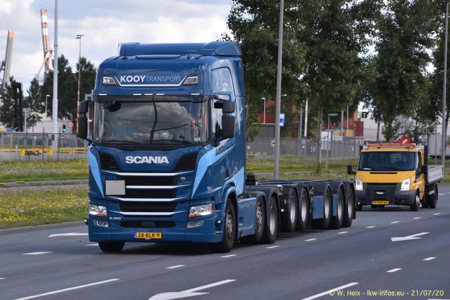 2020816-Rotterdam-Containerhafen-00337.jpg