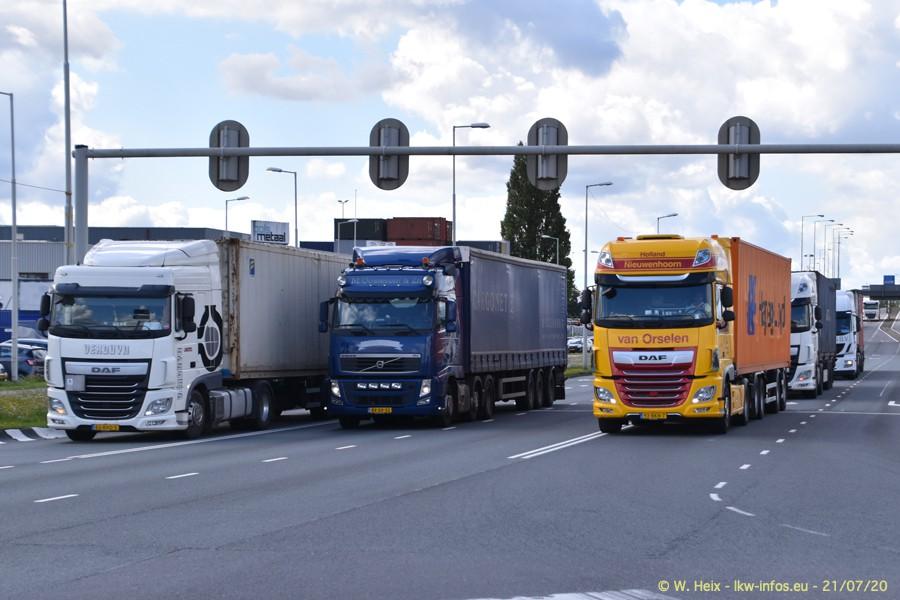 2020816-Rotterdam-Containerhafen-00340.jpg