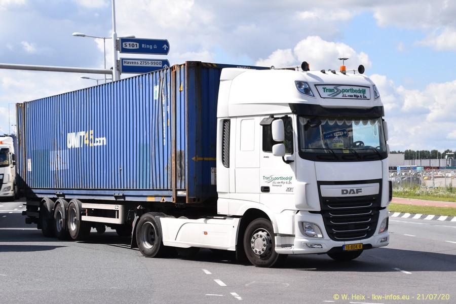2020816-Rotterdam-Containerhafen-00347.jpg