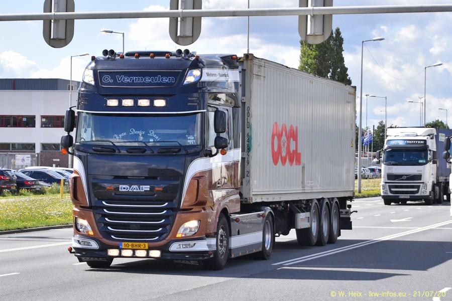 2020816-Rotterdam-Containerhafen-00354.jpg
