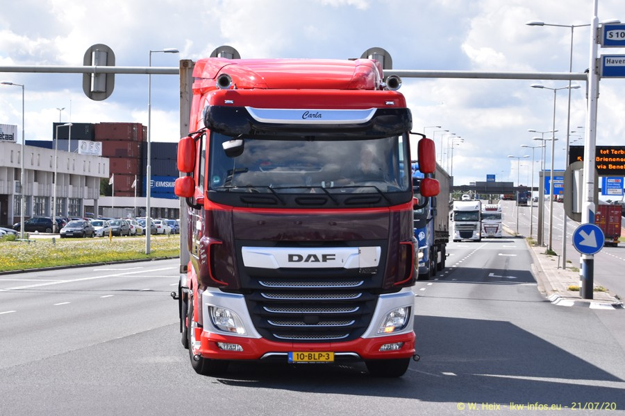 2020816-Rotterdam-Containerhafen-00371.jpg