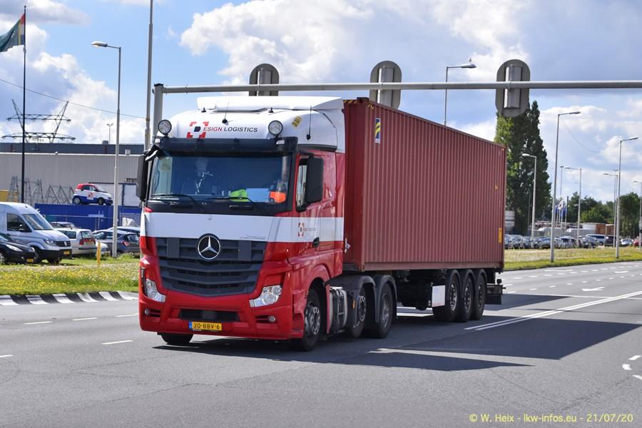 2020816-Rotterdam-Containerhafen-00379.jpg