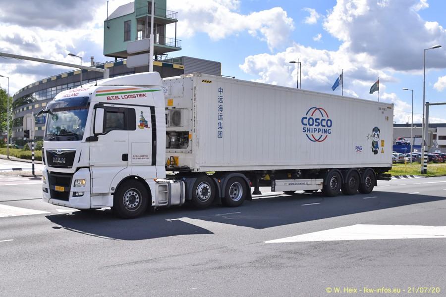 2020816-Rotterdam-Containerhafen-00380.jpg