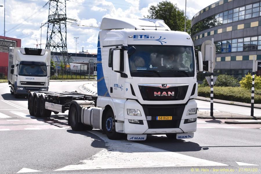 2020816-Rotterdam-Containerhafen-00382.jpg