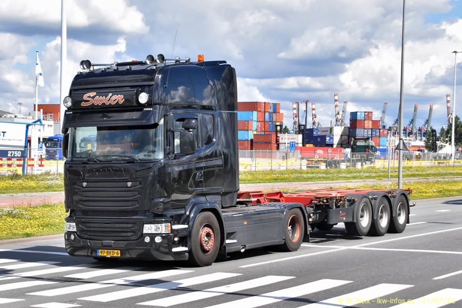 2020816-Rotterdam-Containerhafen-00386.jpg