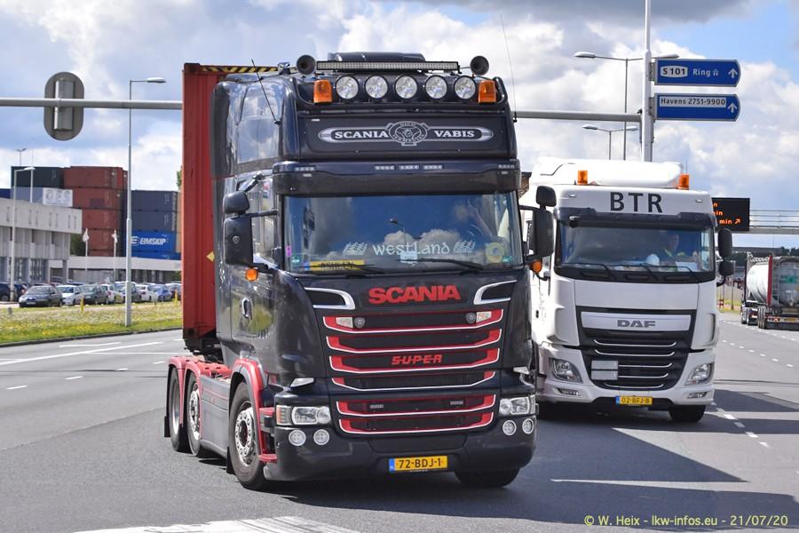 2020816-Rotterdam-Containerhafen-00394.jpg