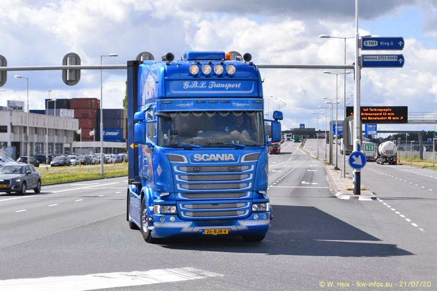 2020816-Rotterdam-Containerhafen-00396.jpg