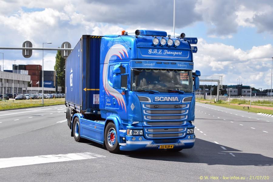 2020816-Rotterdam-Containerhafen-00397.jpg