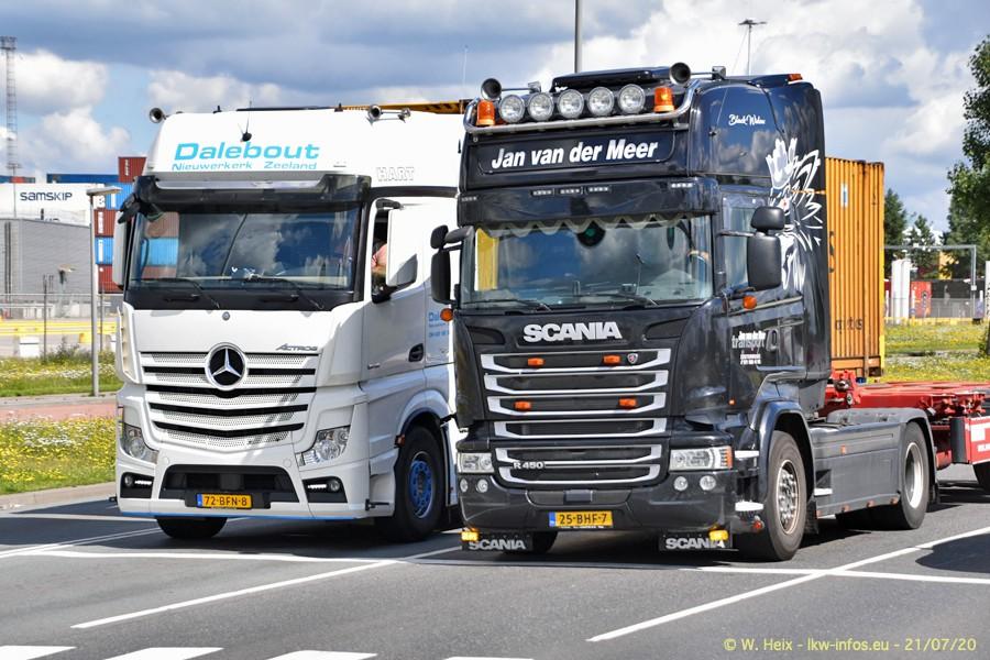 2020816-Rotterdam-Containerhafen-00401.jpg