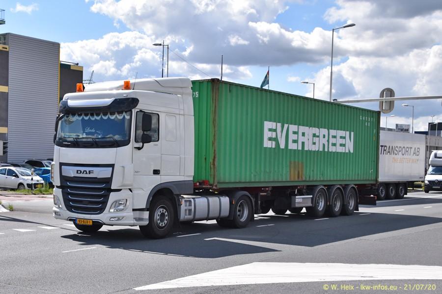 2020816-Rotterdam-Containerhafen-00413.jpg