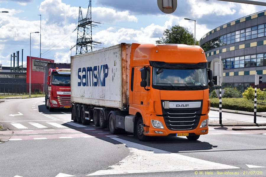 2020816-Rotterdam-Containerhafen-00416.jpg