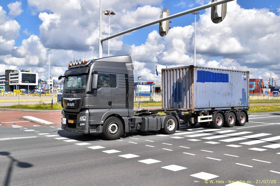 2020816-Rotterdam-Containerhafen-00419.jpg