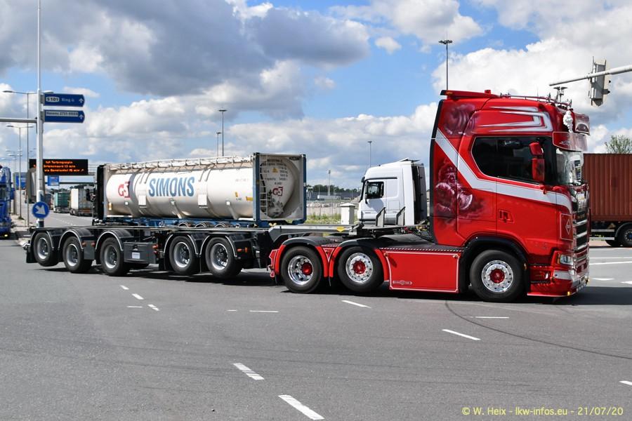 2020816-Rotterdam-Containerhafen-00421.jpg