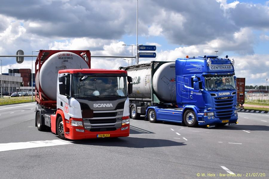 2020816-Rotterdam-Containerhafen-00423.jpg