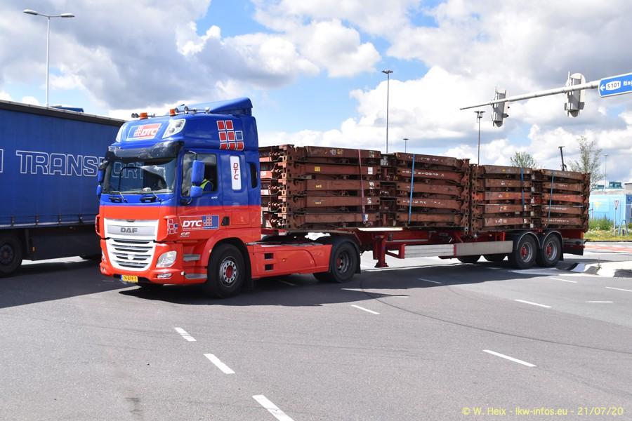 2020816-Rotterdam-Containerhafen-00430.jpg