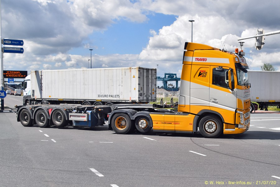 2020816-Rotterdam-Containerhafen-00442.jpg