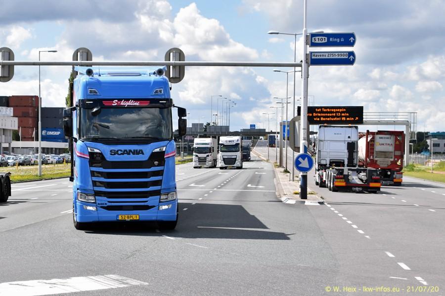 2020816-Rotterdam-Containerhafen-00444.jpg