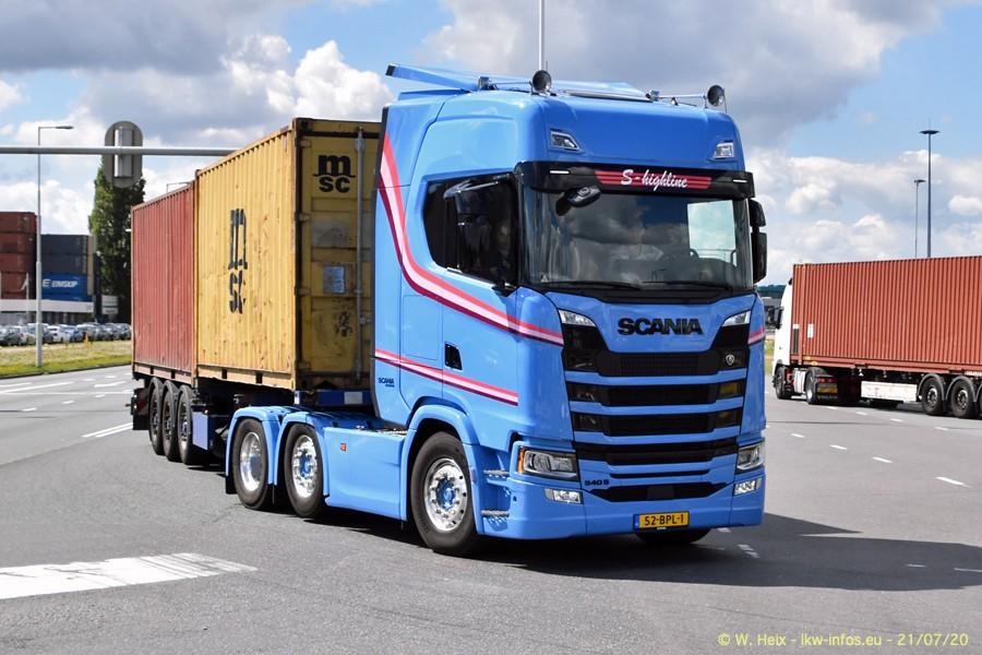 2020816-Rotterdam-Containerhafen-00445.jpg