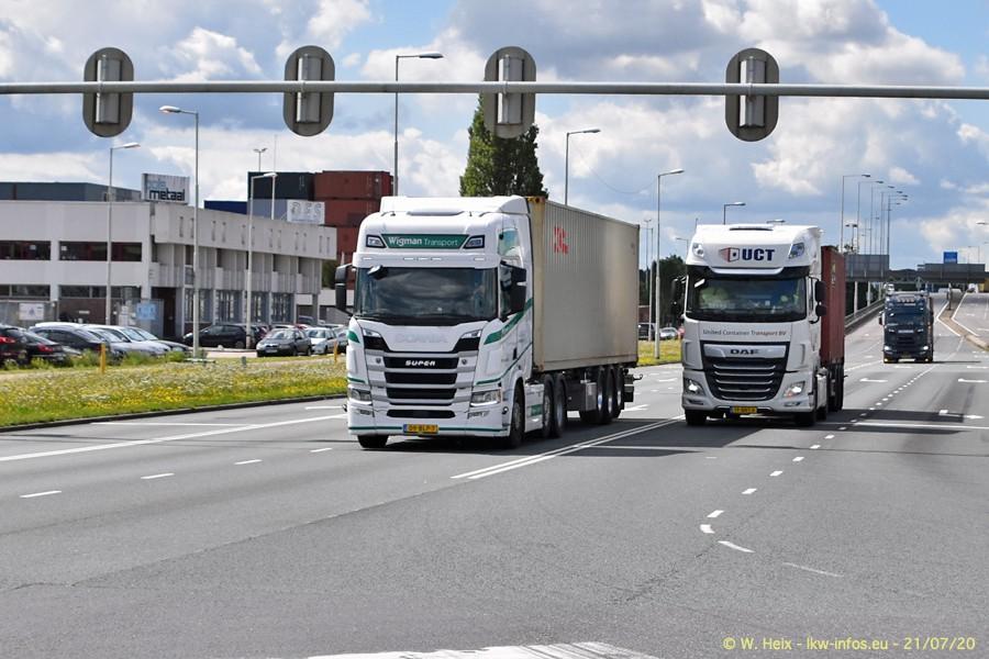 2020816-Rotterdam-Containerhafen-00447.jpg