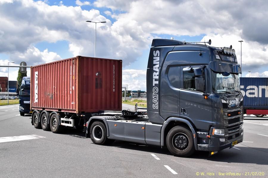 2020816-Rotterdam-Containerhafen-00458.jpg
