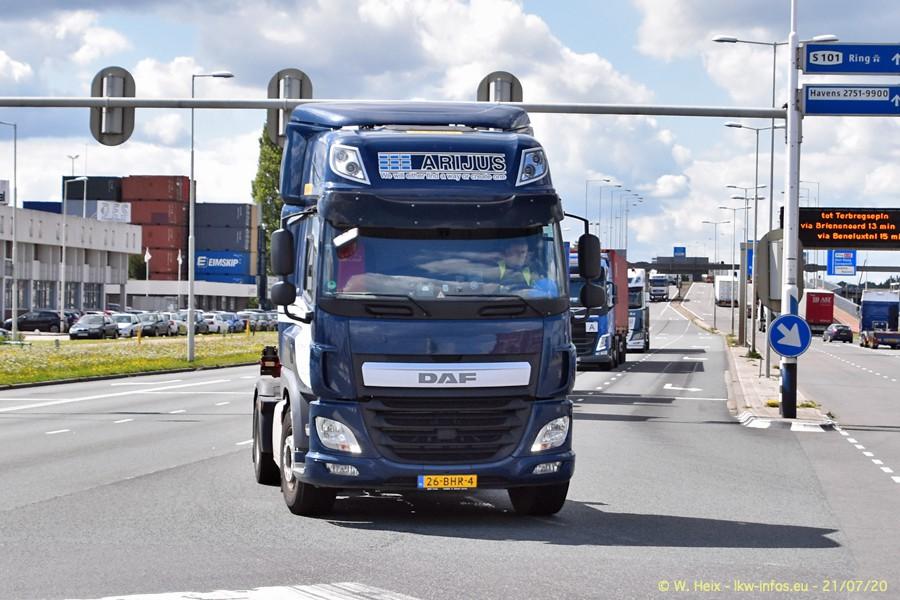 2020816-Rotterdam-Containerhafen-00459.jpg