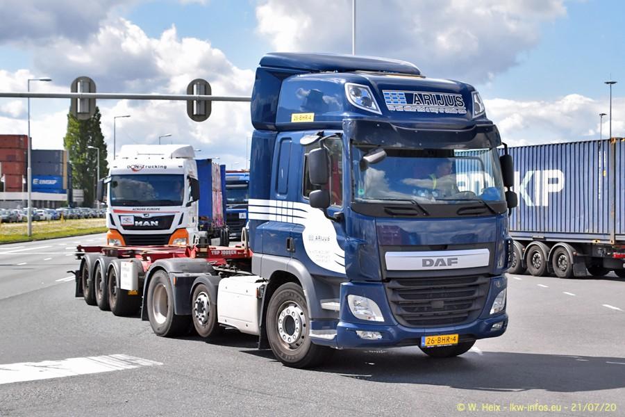 2020816-Rotterdam-Containerhafen-00460.jpg