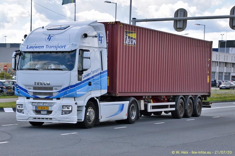 2020816-Rotterdam-Containerhafen-00469.jpg