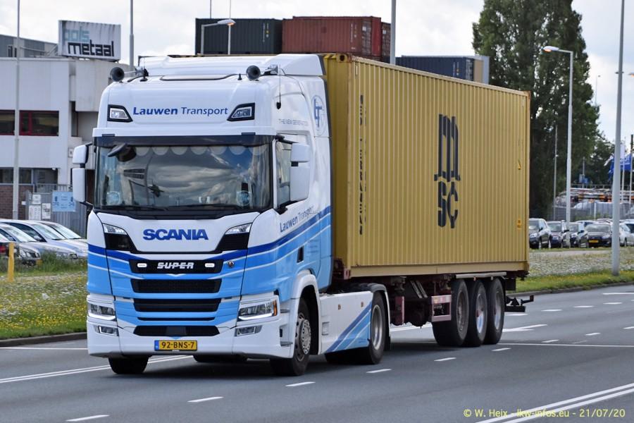 2020816-Rotterdam-Containerhafen-00470.jpg