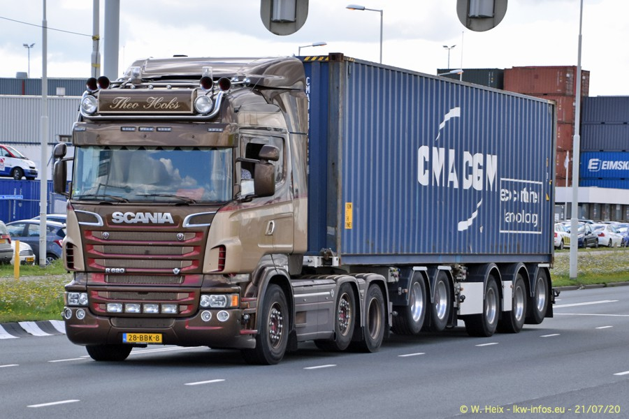 2020816-Rotterdam-Containerhafen-00491.jpg