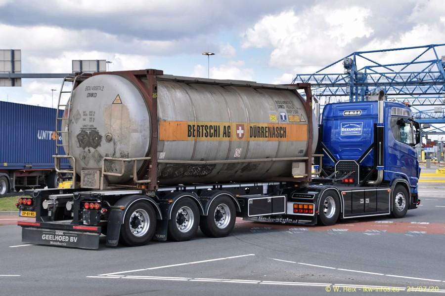 2020816-Rotterdam-Containerhafen-00602.jpg
