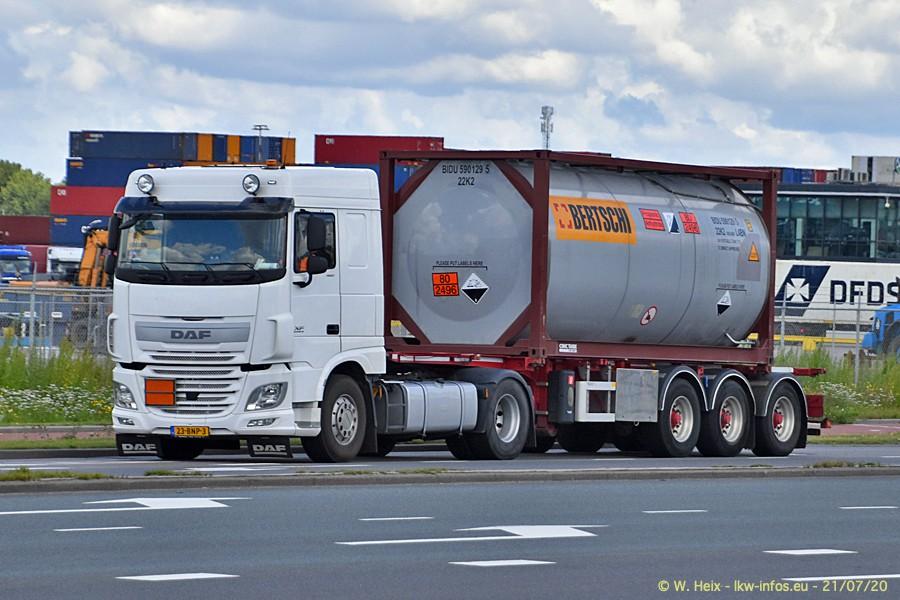 2020816-Rotterdam-Containerhafen-00604.jpg