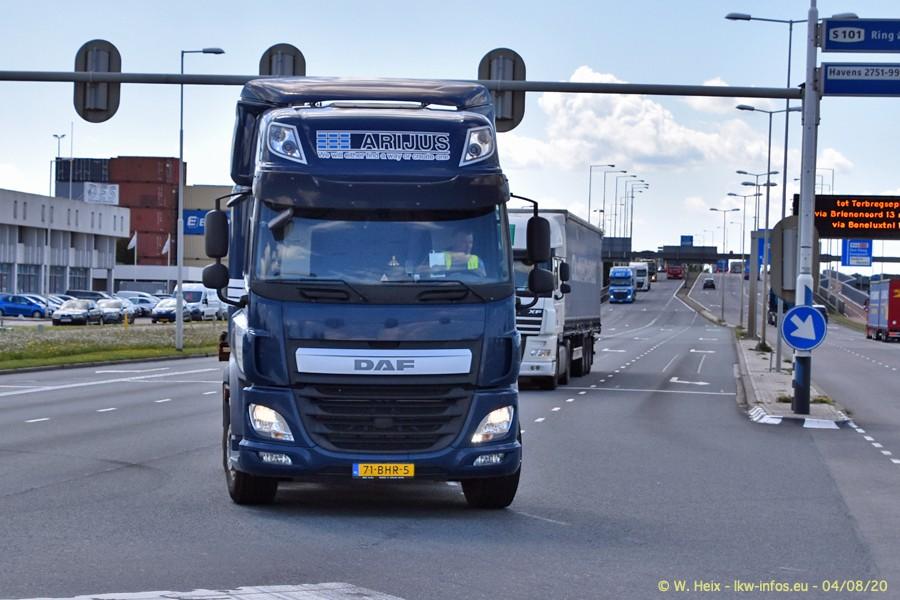 2020816-Rotterdam-Containerhafen-00606.jpg