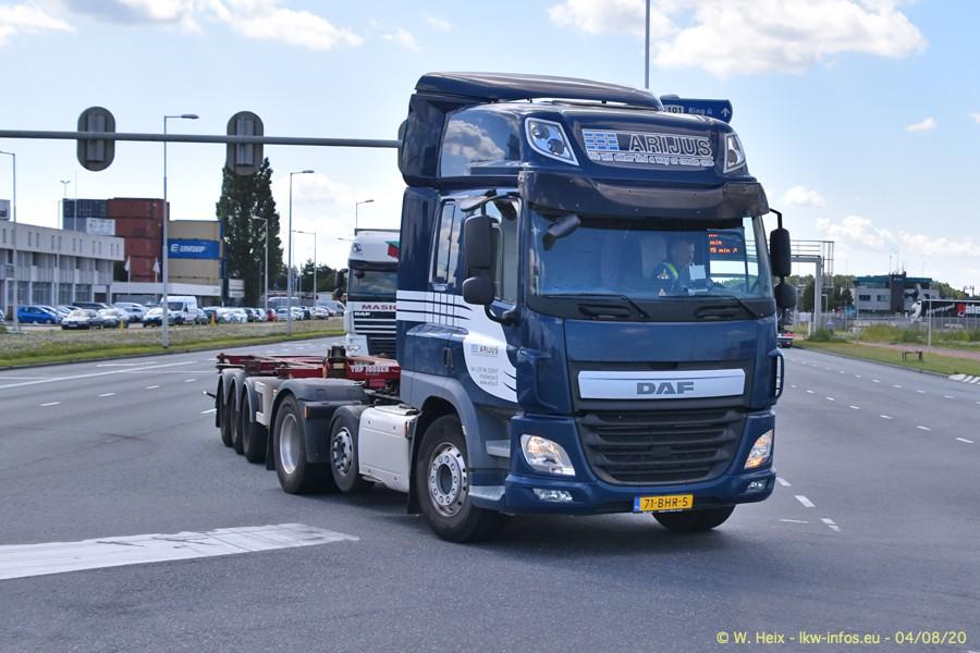 2020816-Rotterdam-Containerhafen-00607.jpg