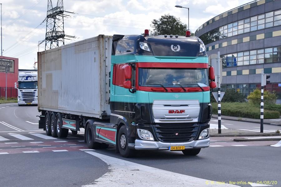 2020816-Rotterdam-Containerhafen-00623.jpg