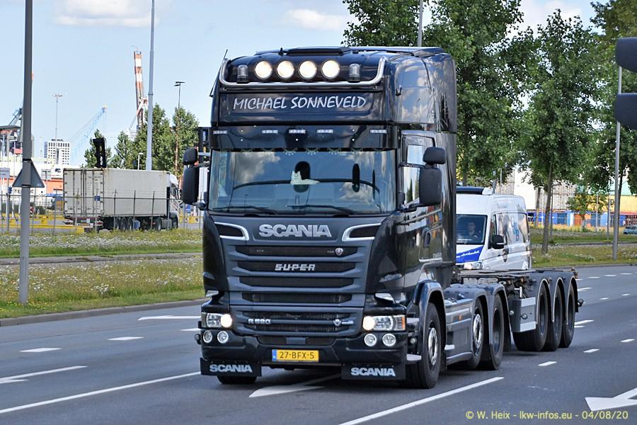 2020816-Rotterdam-Containerhafen-00633.jpg