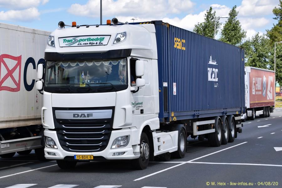 2020816-Rotterdam-Containerhafen-00657.jpg