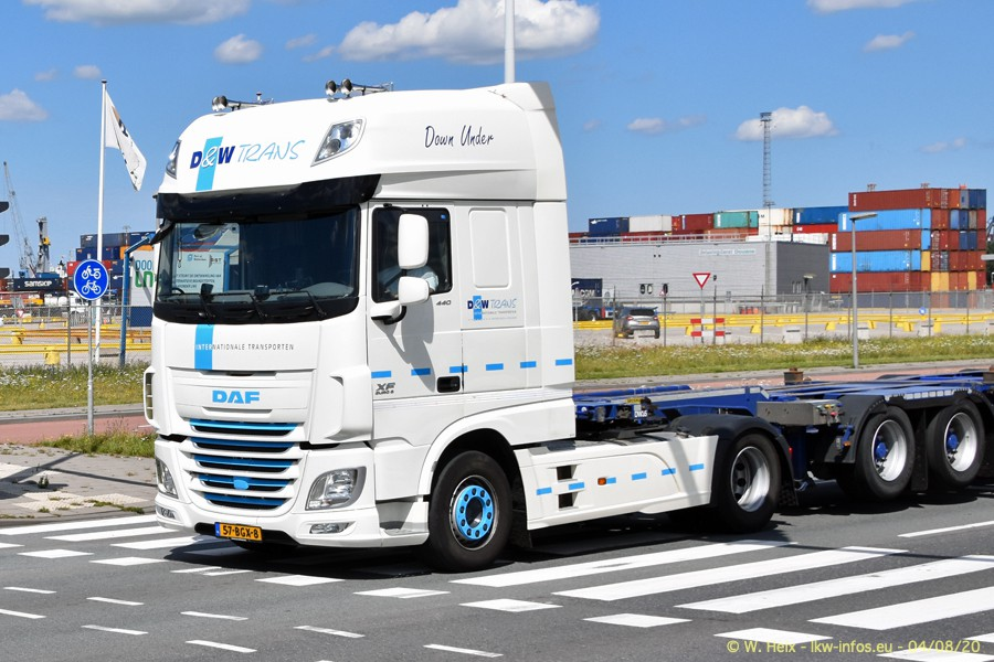 2020816-Rotterdam-Containerhafen-00682.jpg