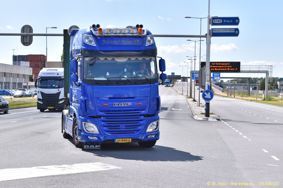 2020816-Rotterdam-Containerhafen-00686.jpg