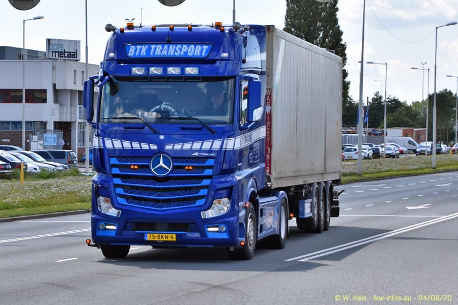 2020816-Rotterdam-Containerhafen-00697.jpg