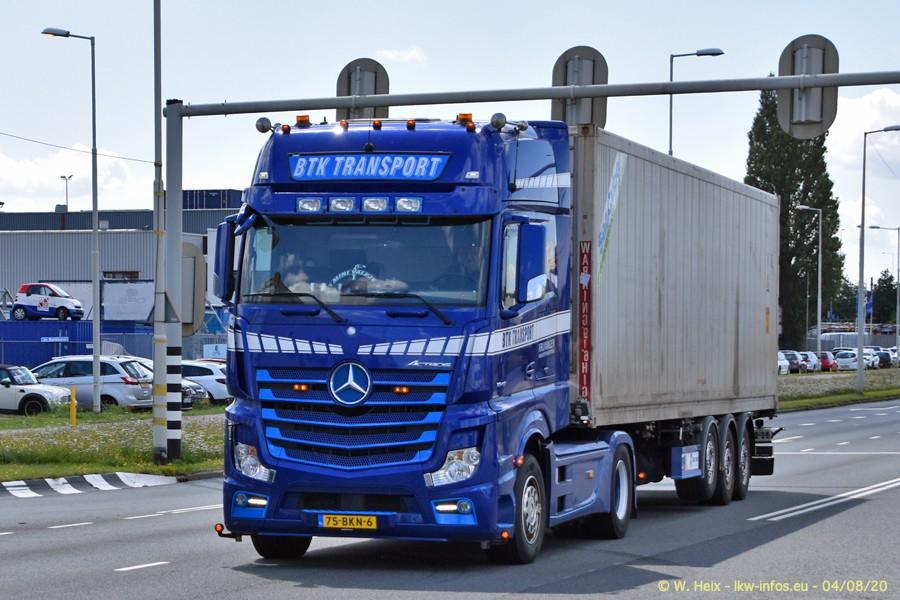 2020816-Rotterdam-Containerhafen-00698.jpg