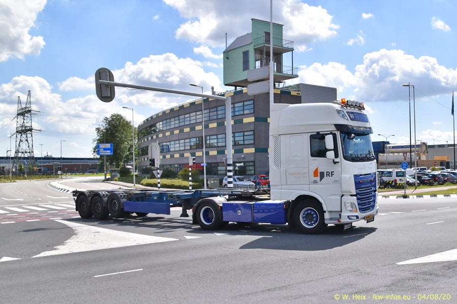2020816-Rotterdam-Containerhafen-00718.jpg