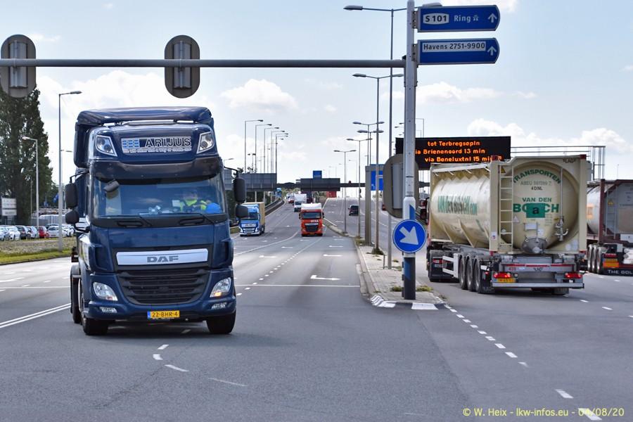 2020816-Rotterdam-Containerhafen-00729.jpg