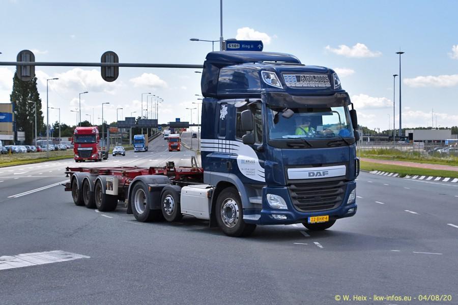 2020816-Rotterdam-Containerhafen-00730.jpg