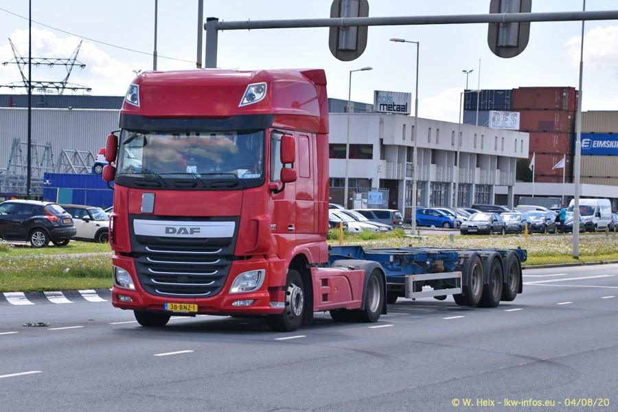 2020816-Rotterdam-Containerhafen-00731.jpg