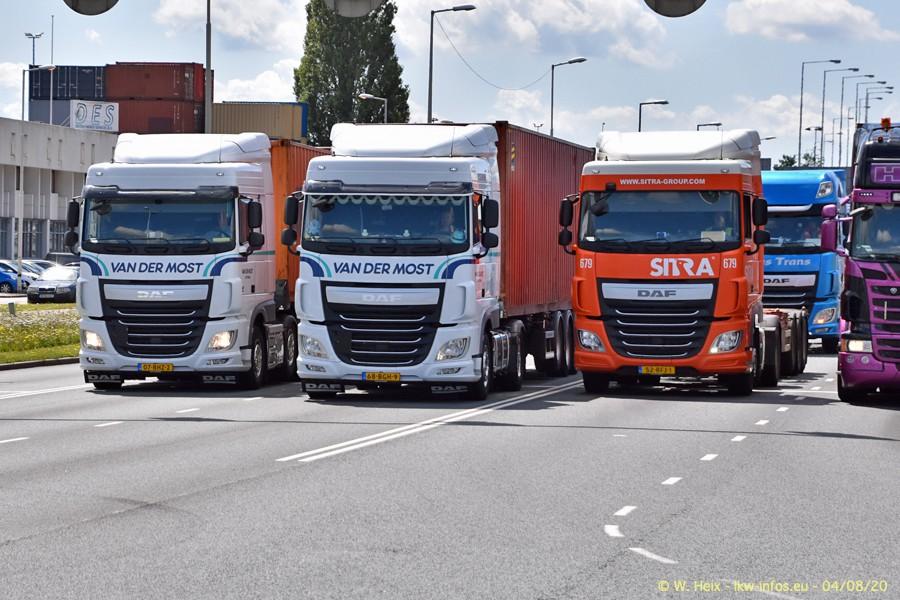 2020816-Rotterdam-Containerhafen-00740.jpg
